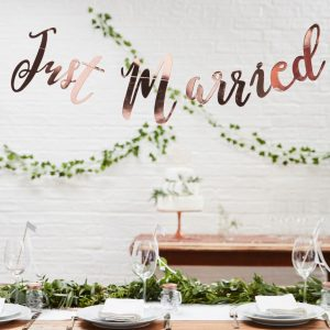 banner rose gold Just Married